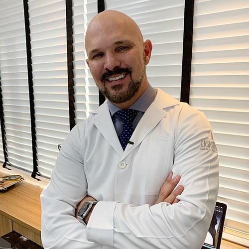 Dr. Carlos Casagrande