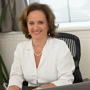 Dra. Ana Rosa de Oliveira